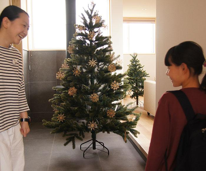 クリスマスツリー収納袋プレゼント中
